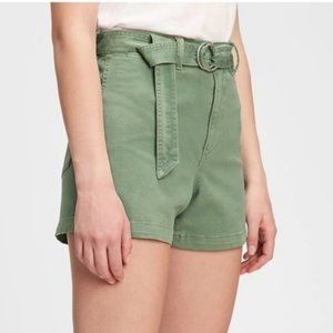 NWT High Waisted Khaki Shorts in Twig Green by GAP